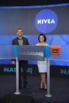 Kat-NIVEA-RINGS-THE-NASDAQ-CLOSING-BELL-7